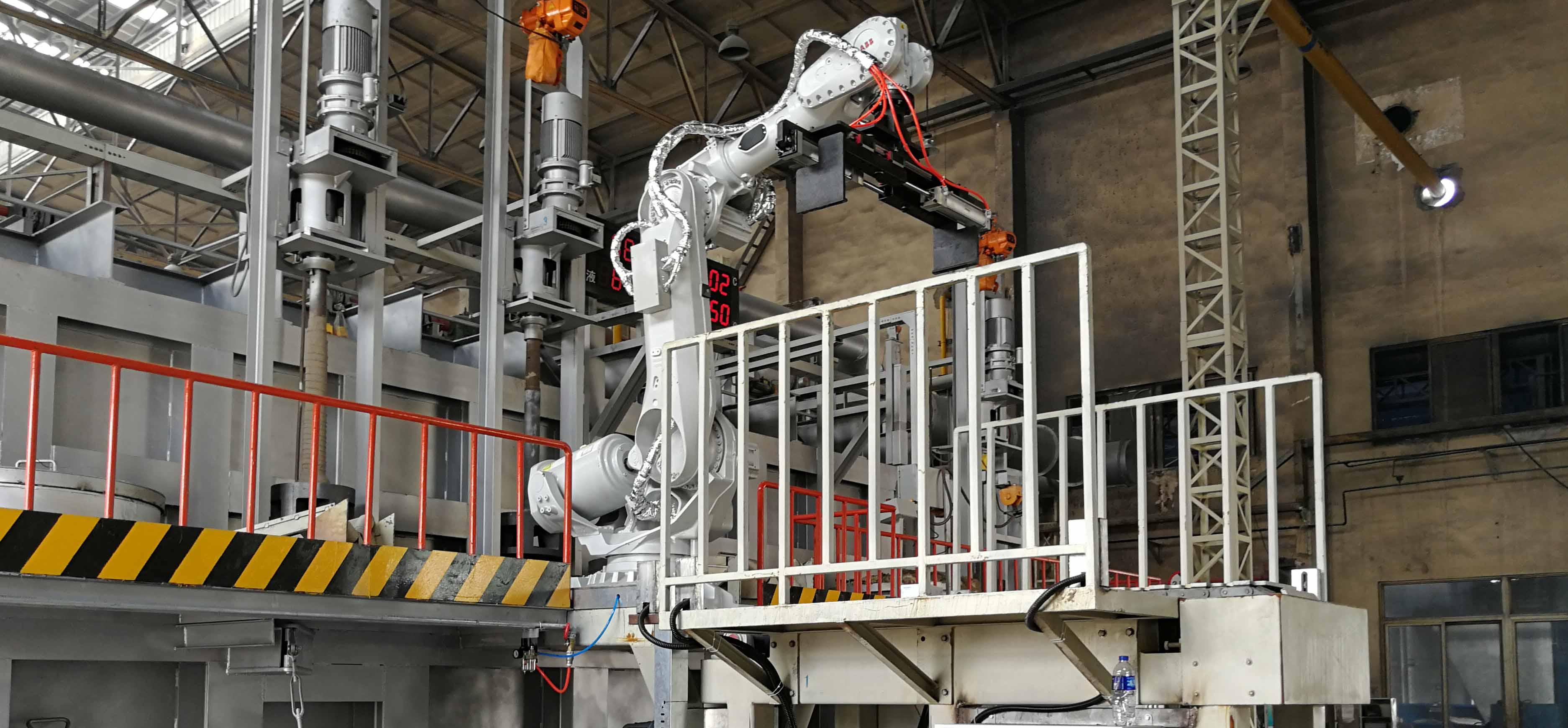 机器人投料
