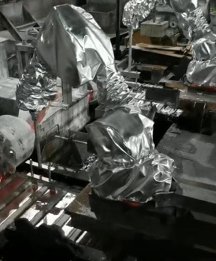 铝锭机器人刮渣